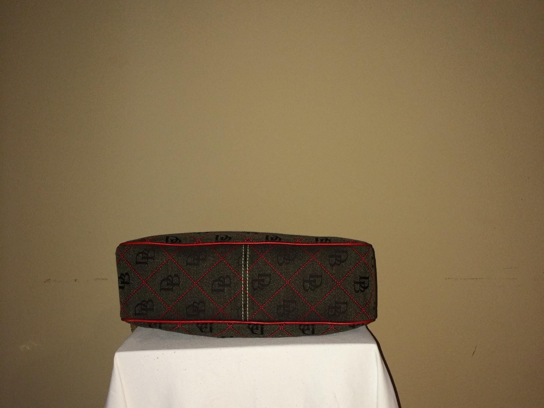 Fabric Dooney and Bourke - bottom