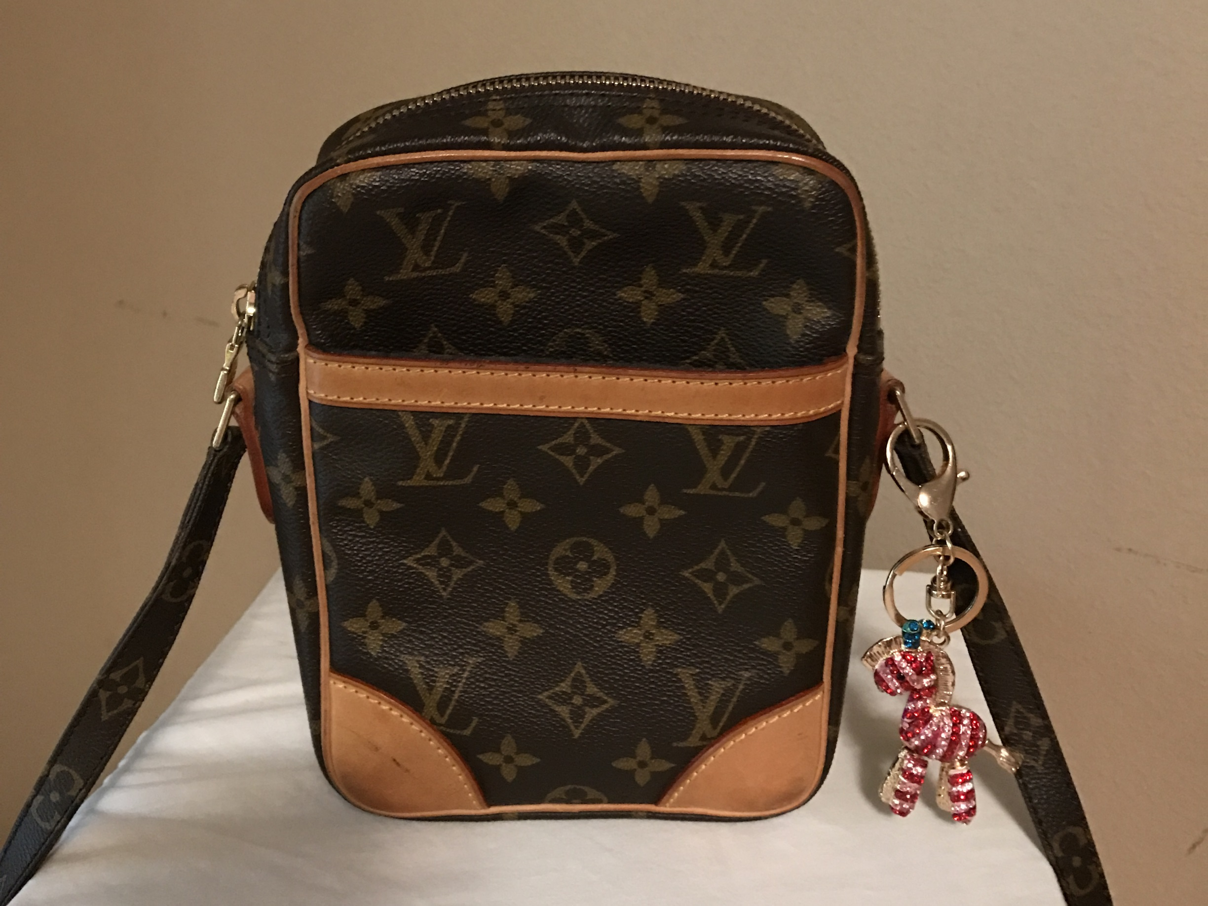 louis-vuitton-cross-body-with-charm-front