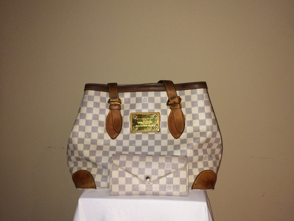 Louis Vuitton Damier - front