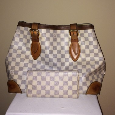 Louis Vuitton Damier - rear