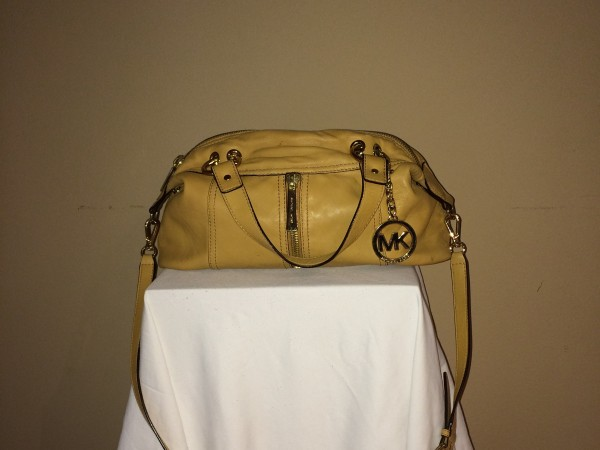 Tan Michael Kors - front