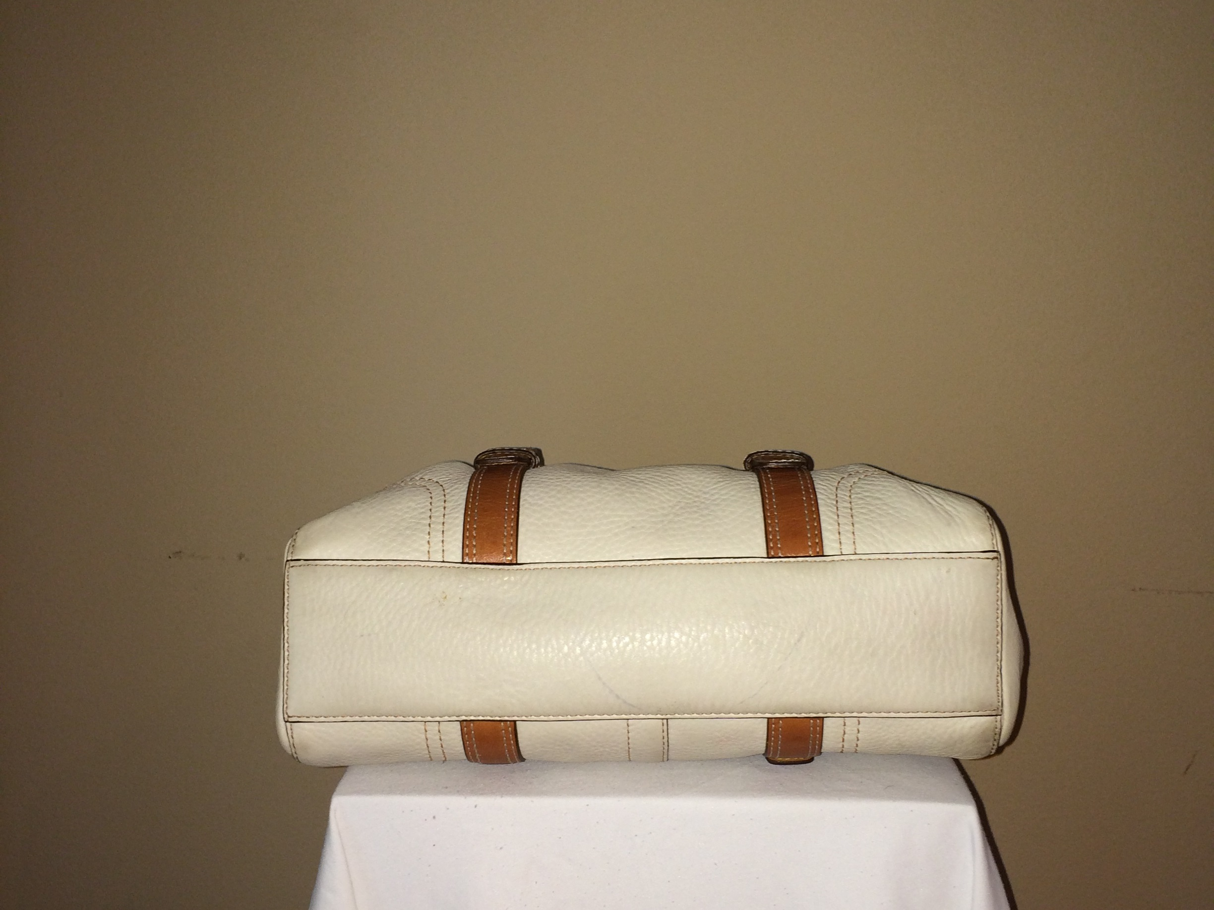 Winter White Coach - bottom