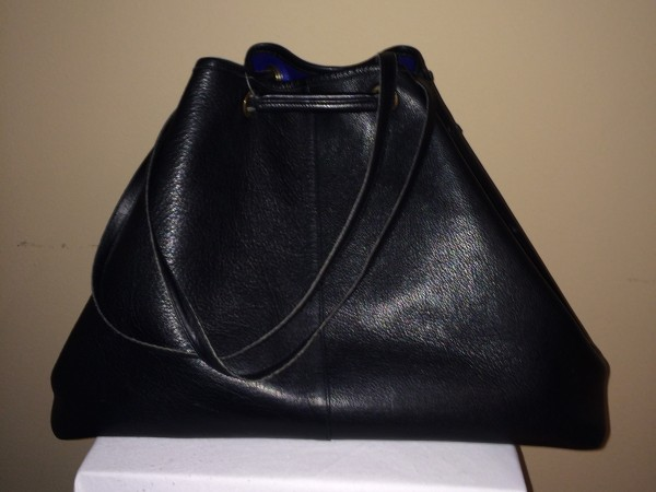 Yves Saint Laurent Black - rear
